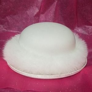 Vintage Scala Women's Wool Winter White Hat w/Fur